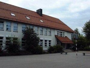 Schule von Vorne