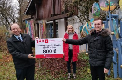 800€ Spende wird an den Kindergarten St. Martin in Straßkirchen übergeben